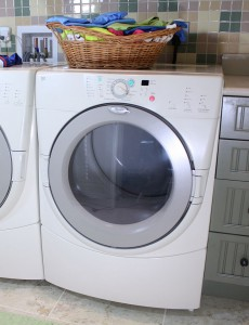 800px-Modern_front_load_tumble_dryer